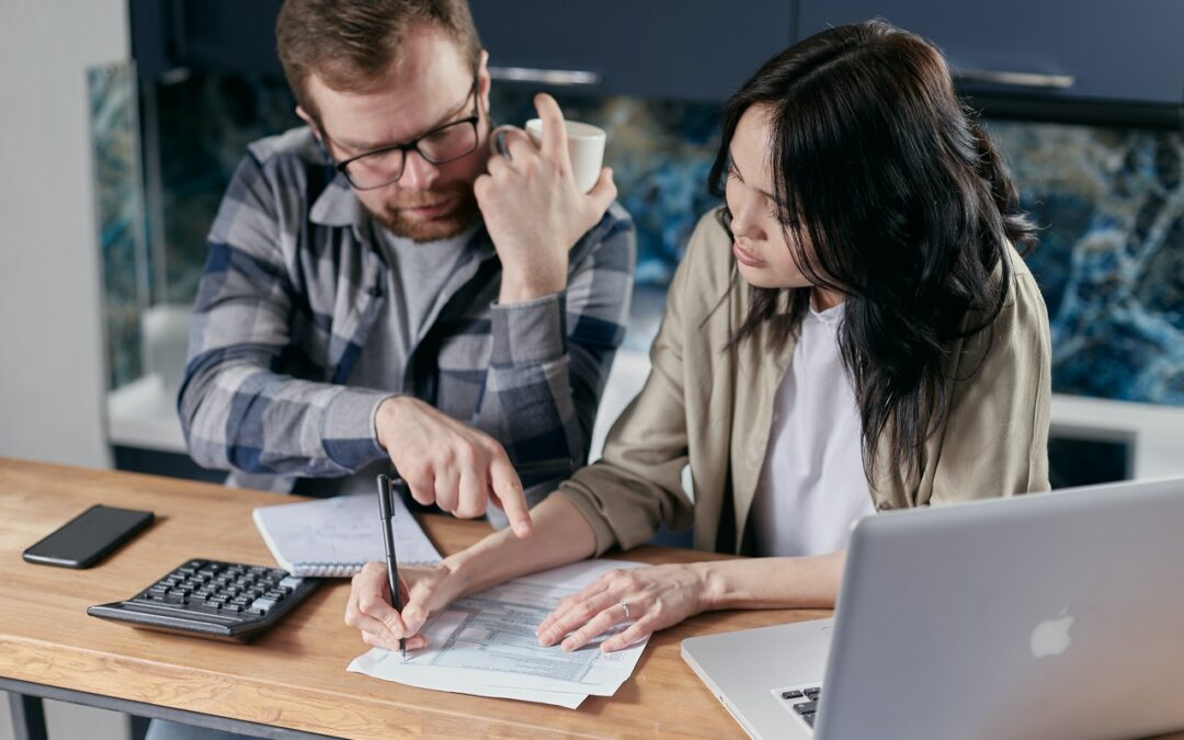 4 Tips to Stay Away from Payroll Tax Problems